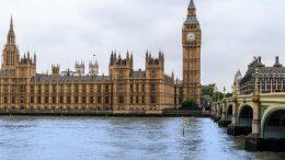 İngiltere'de Çalışmak: İmkanlar, İlanlar, Asgari Ücret, Yaşam Şartları